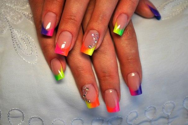Фото нарощенных цветных ногтей