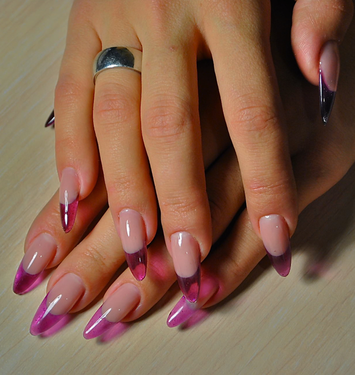 Дизайн витражным гелем ногтей